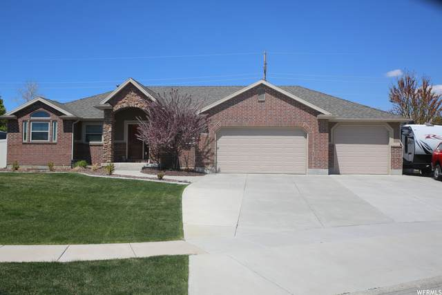 2386 W 975 N, Layton, UT 84041 (#1738298) :: Bustos Real Estate | Keller Williams Utah Realtors