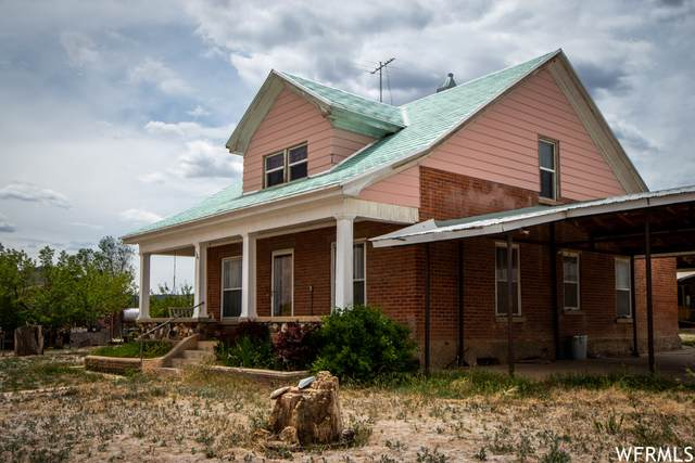 120 S 100 W, Escalante, UT 84726 (MLS #1739815) :: Lookout Real Estate Group