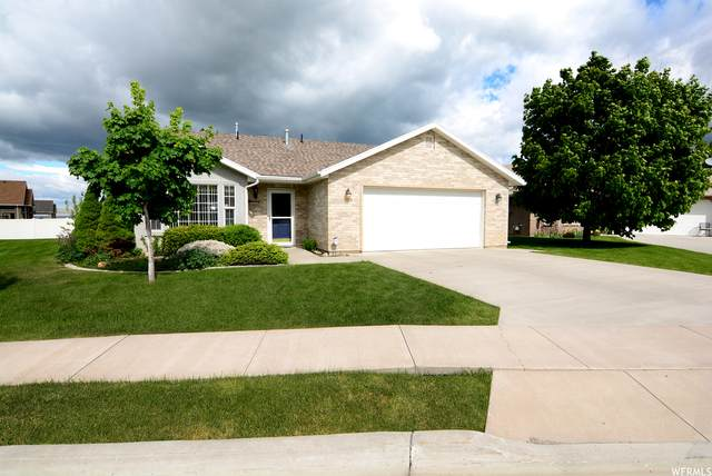 283 W 260 N, Hyde Park, UT 84318 (#1743957) :: The Perry Group