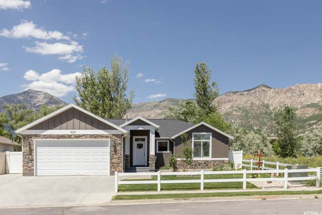 832 E 2025 N, North Ogden, UT 84414 (#1747660) :: Utah Real Estate