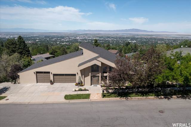 88 S Moss Hill Dr, Bountiful, UT 84010 (MLS #1748534) :: Lookout Real Estate Group