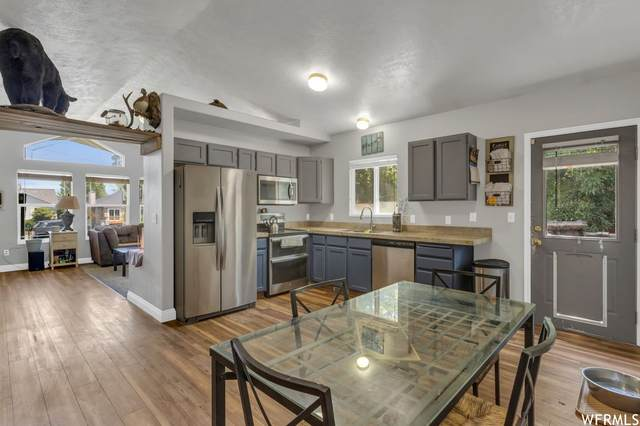 6655 W 3500 S, West Valley City, UT 84128 (#1751757) :: Powder Mountain Realty