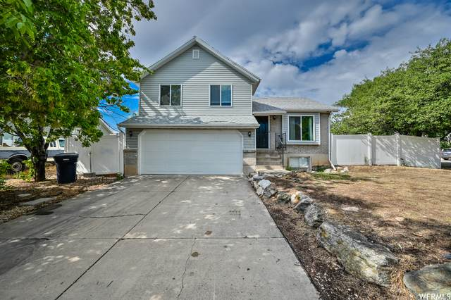 417 W 225 N, Clearfield, UT 84015 (#1758615) :: Colemere Realty Associates