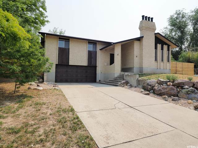 7177 S Brent Ln E, Cottonwood Heights, UT 84121 (MLS #1761989) :: Lookout Real Estate Group