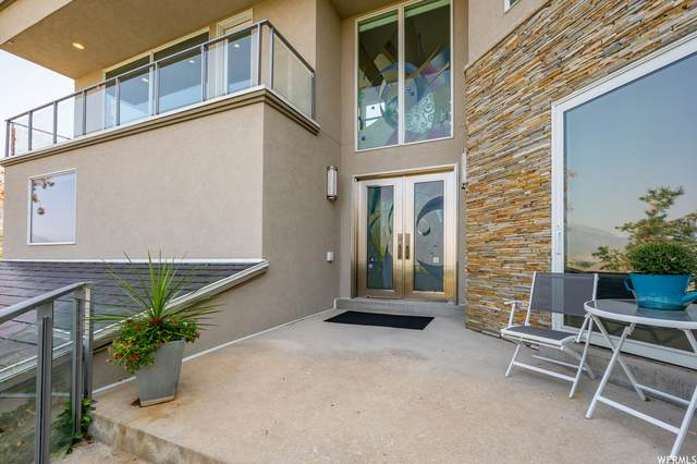 10169 S Bell Canyon Rd, Sandy, UT 84092 (#1764251) :: UVO Group | Realty One Group Signature