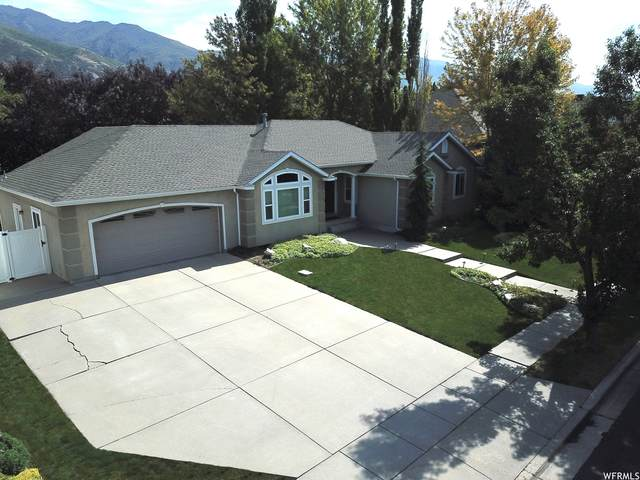 953 S Wind River Way E, Kaysville, UT 84037 (#1766153) :: Colemere Realty Associates