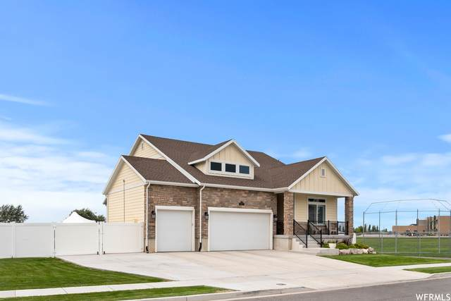 118 S 2300 W, Kaysville, UT 84037 (#1766309) :: Doxey Real Estate Group