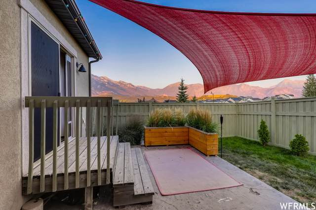 2172 E Feather Gold Ct, Draper, UT 84020 (#1767974) :: Doxey Real Estate Group