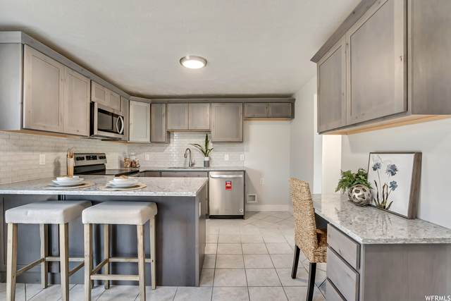 3420 S 7780 W, Magna, UT 84044 (#1772362) :: Colemere Realty Associates