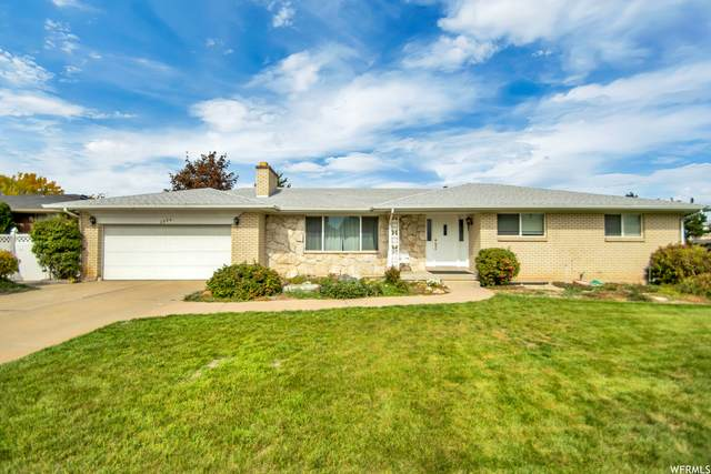 1374 W Marinwood Ave, Taylorsville, UT 84123 (#1773116) :: Colemere Realty Associates