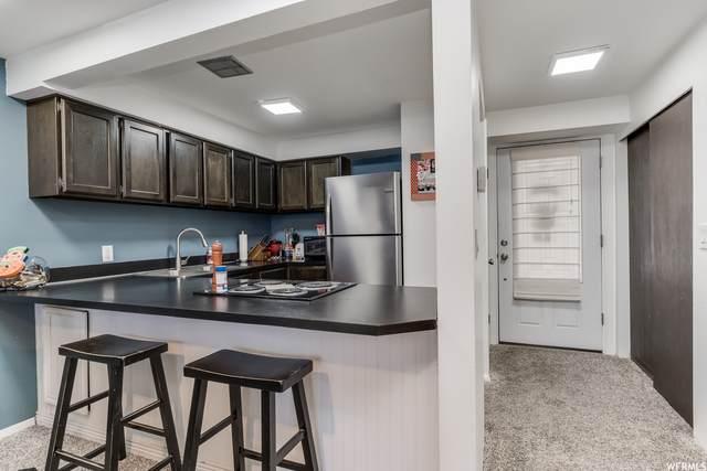 1298 E Lorl Ln #4, Ogden, UT 84404 (#1776730) :: Utah Real Estate