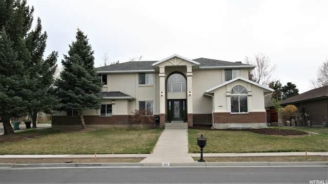 692 E Silver Shadows Dr, Salt Lake City, UT 84107 (#1731776) :: Doxey Real Estate Group