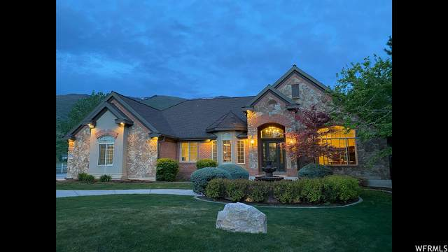 2376 E Canyon View Dr, Layton, UT 84040 (#1736005) :: UVO Group | Realty One Group Signature