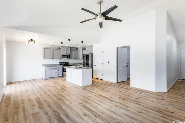 327 E 2260 S, Heber City, UT 84032 (#1740981) :: UVO Group | Realty One Group Signature