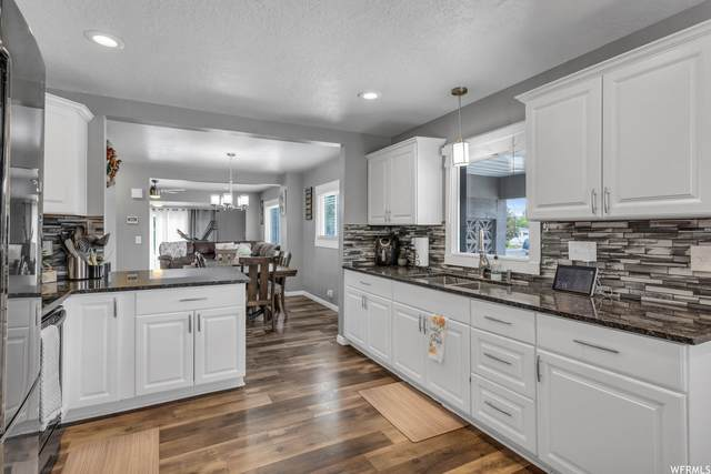 7369 W 3100 S, Magna, UT 84044 (#1749641) :: The Perry Group