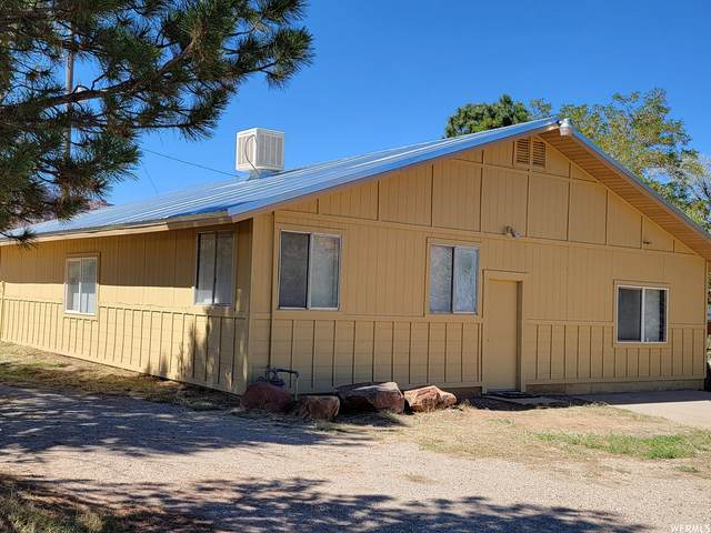 3828 Spanish Valley Dr A&B, Moab, UT 84532 (#1770176) :: Powder Mountain Realty