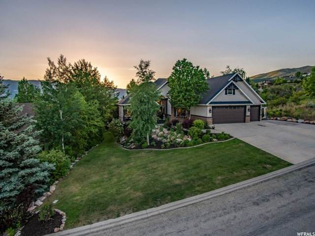 3557 N Elkview Dr, Eden, UT 84310 (#1727376) :: The Perry Group