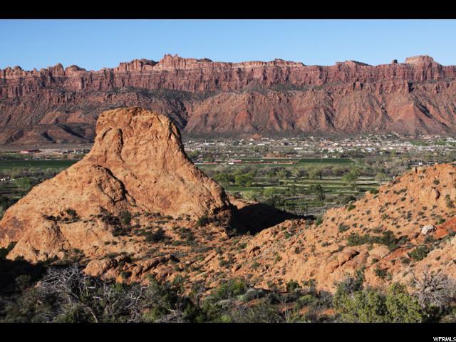 2162 Navajo Hts, Moab, UT 84532 (#1371214) :: Exit Realty Success