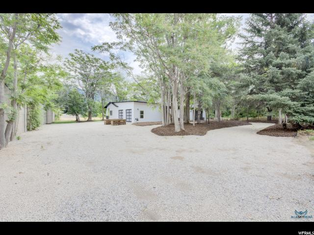 6635 S Greenfield Way, Cottonwood Heights, UT 84121 (#1466517) :: Select Group Utah