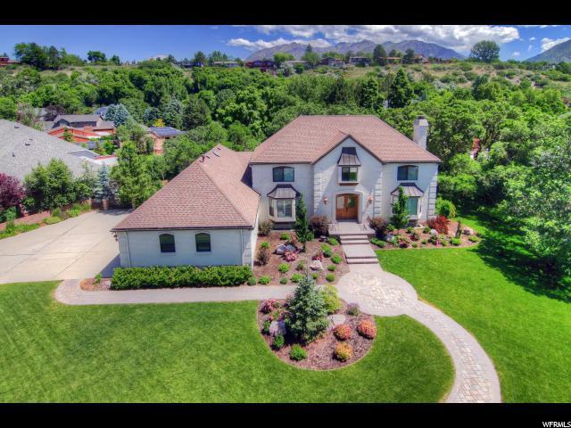 8015 S Royal Ln E, Cottonwood Heights, UT 84093 (#1466529) :: Select Group Utah