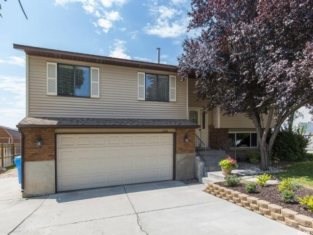 2147 W Gregory Ave, Riverton, UT 84065 (#1467026) :: The Utah Homes Team with HomeSmart Advantage
