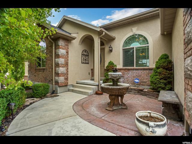 5484 W Sierra Rose Dr, Herriman, UT 84096 (#1467632) :: The Utah Homes Team with HomeSmart Advantage