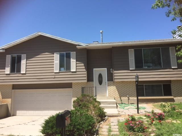 11152 S Lyndbrook Way E, Sandy, UT 84092 (#1467646) :: The Utah Homes Team with HomeSmart Advantage