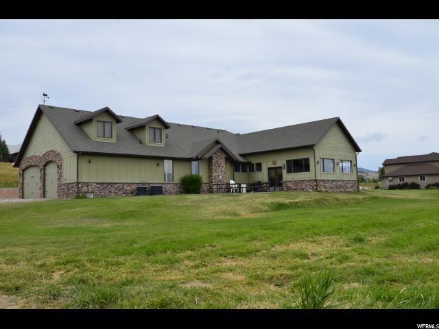 948 S Snowmeadows Dr, Garden City, UT 84028 (#1468006) :: The One Group