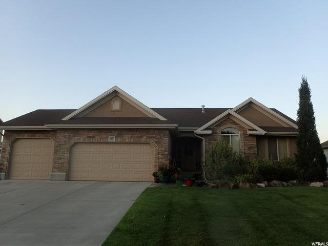 3907 W 10385 S, South Jordan, UT 84009 (#1474405) :: Rex Real Estate Team