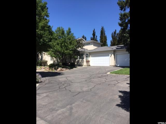 4239 S Lincoln Pines Ct E, Holladay, UT 84124 (#1474624) :: Rex Real Estate Team