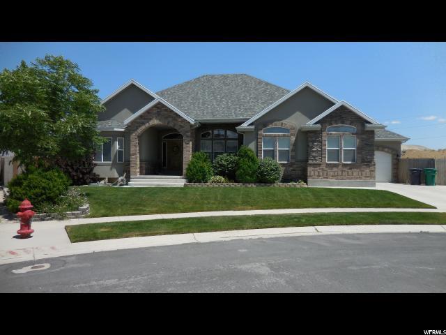 1607 W Desert Sage Cir S, Bluffdale, UT 84065 (#1479618) :: The Utah Homes Team with HomeSmart Advantage