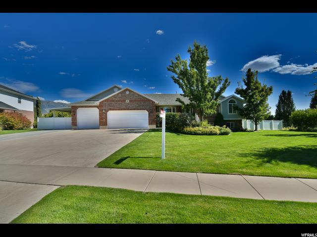 434 N Carriage Ln, Kaysville, UT 84037 (#1481690) :: Action Team Realty