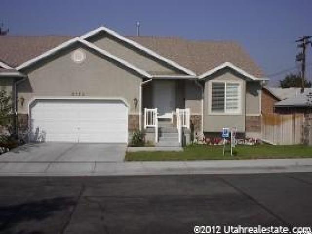 2122 S 2060 E, Salt Lake City, UT 84109 (#1481719) :: Action Team Realty