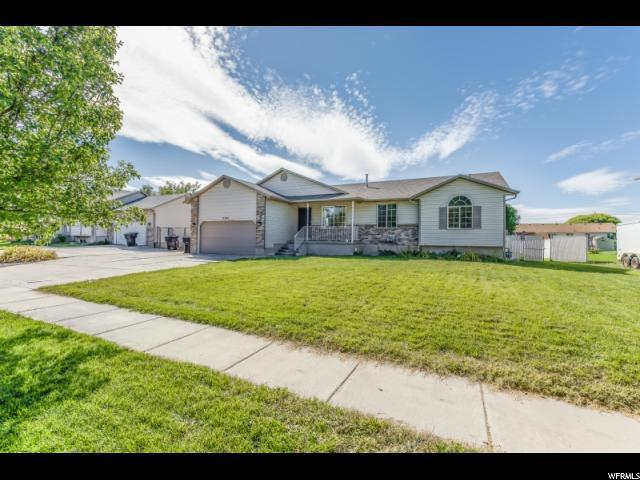 2201 N 2930 W, Clinton, UT 84015 (#1481943) :: William Bustos Group | Keller Williams Utah Realtors