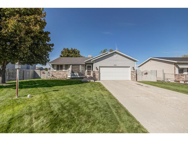 5668 W 4510 S, West Valley City, UT 84128 (#1481984) :: Home Rebates Realty