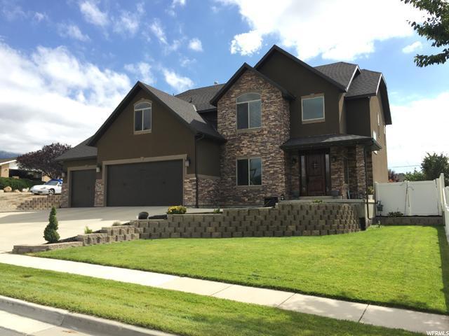 132 E Clear Creek Dr S, Sandy, UT 84070 (#1481994) :: The Utah Homes Team with HomeSmart Advantage