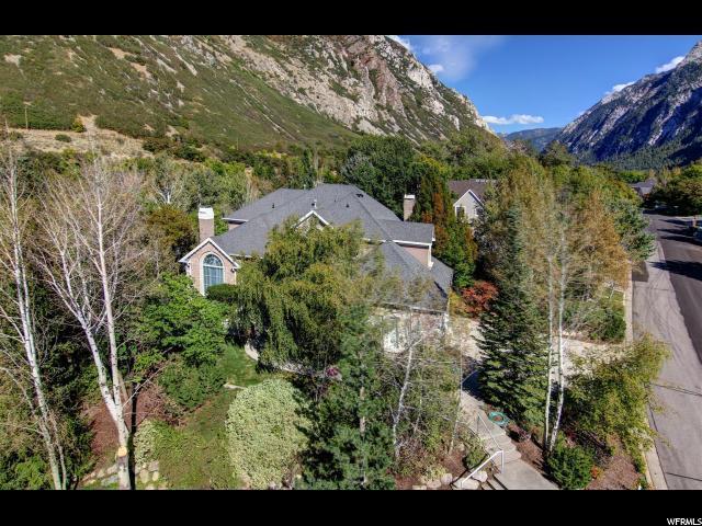 9729 S Alpine Valley Cir, Sandy, UT 84092 (#1482182) :: The Utah Homes Team with HomeSmart Advantage