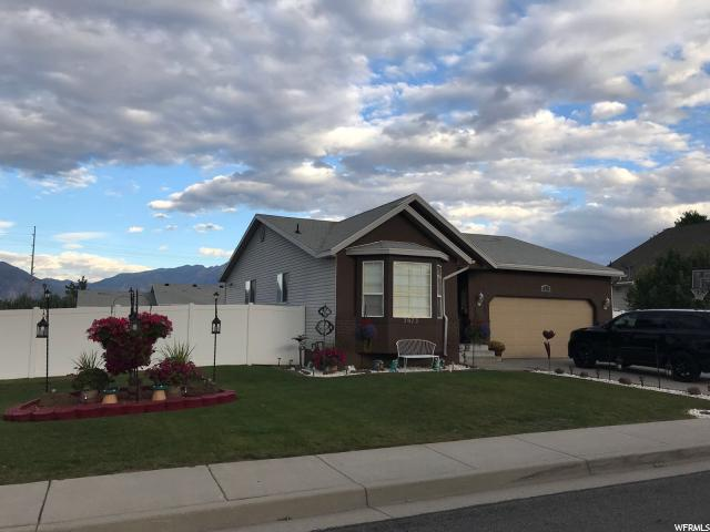 3673 S Hampshire Cir W, West Valley City, UT 84119 (#1482247) :: Home Rebates Realty