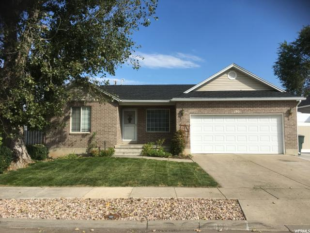 190 W Meadowview Dr N, Ogden, UT 84404 (#1482311) :: Keller Williams Legacy