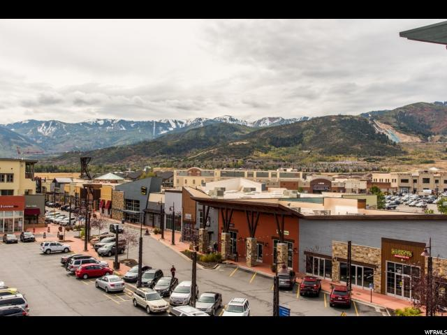 1456 W Newpark Blvd #417, Park City, UT 84098 (#1483505) :: The Fields Team