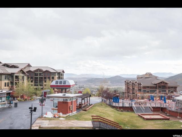 3720 N Sundial Ct B220, Park City, UT 84098 (#1484642) :: Bustos Real Estate | Keller Williams Utah Realtors