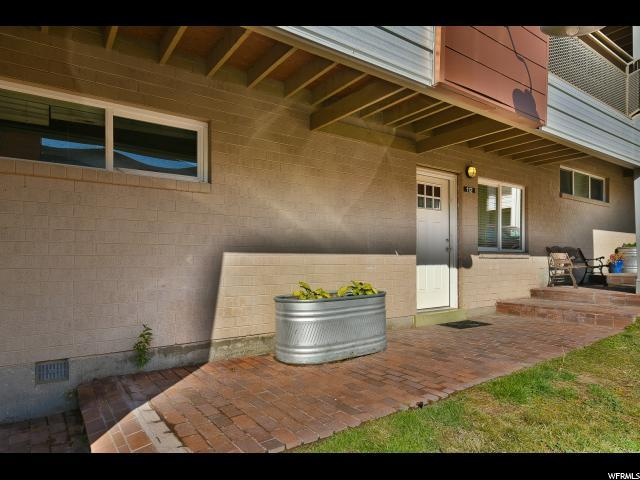 650 N 300 W #112, Salt Lake City, UT 84103 (#1486970) :: Rex Real Estate Team