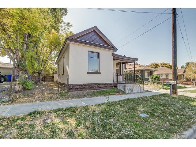 1074 E Kensington Ave, Salt Lake City, UT 84105 (#1487081) :: Colemere Realty Associates