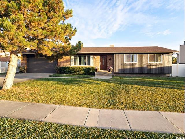 3044 W Martinez Way S, Riverton, UT 84065 (#1487518) :: Colemere Realty Associates