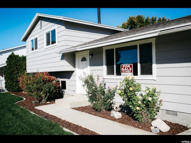 3165 S 4760 W, West Valley City, UT 84120 (#1487522) :: Colemere Realty Associates