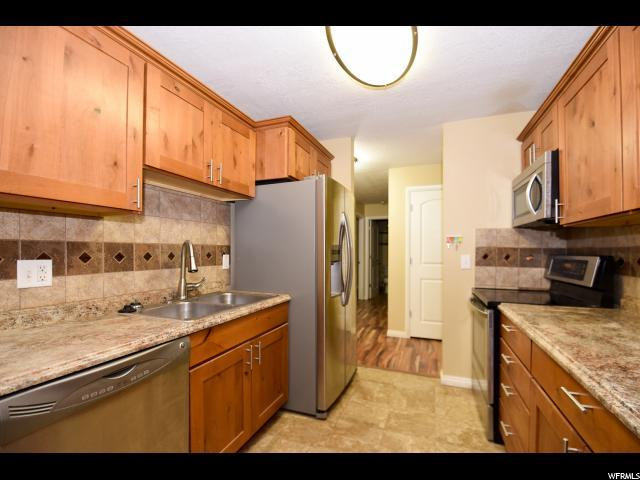 1860 W 500 N #28, Salt Lake City, UT 84116 (#1487548) :: Colemere Realty Associates
