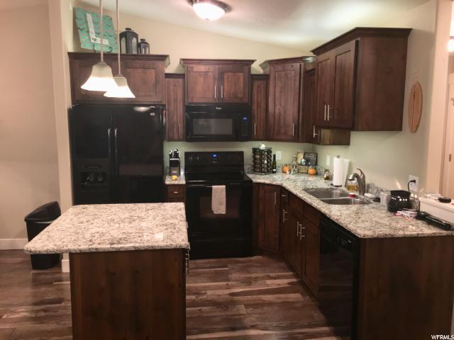 917 S Main St I, Layton, UT 84041 (#1492374) :: Home Rebates Realty