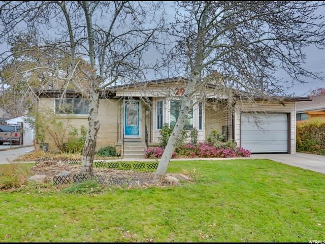 296 N 300 W, Bountiful, UT 84010 (#1492710) :: Home Rebates Realty