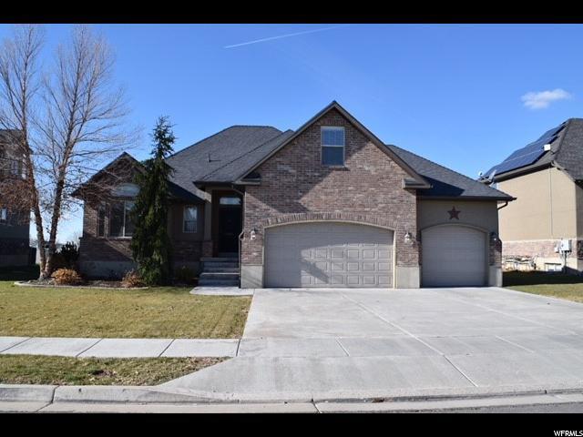 117 N 3675 W, Layton, UT 84041 (#1492734) :: Home Rebates Realty