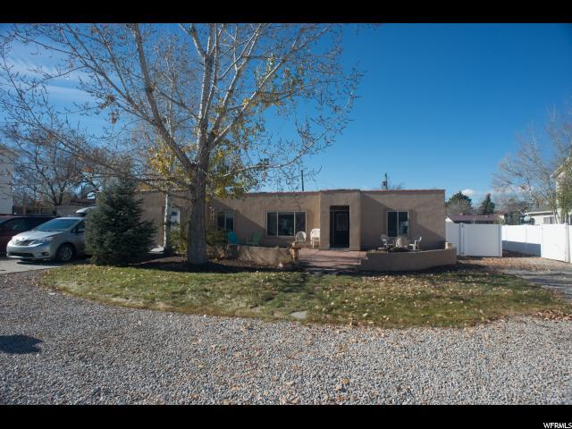 3976 S 3200 W, West Valley City, UT 84119 (#1492741) :: Home Rebates Realty